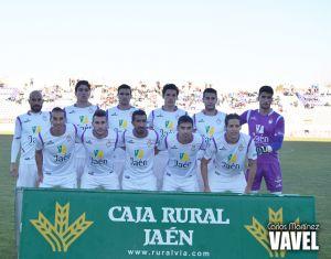 El Real Jaén viaja a Cádiz con 18 futbolistas