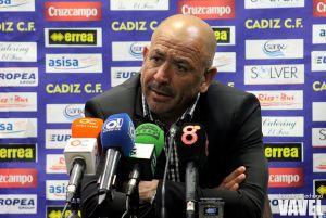 """Claudio Barragán: """"Ha sido el mejor partido del Cádiz desde que lo entreno yo"""""""