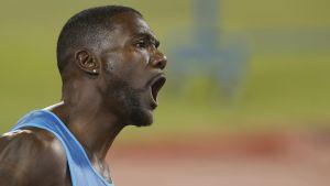 """Atletica, Trials: Gatlin spaziale, 19""""57 sui 200"""