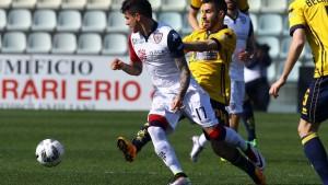 Serie B: un Cagliari al cardiopalma supera 1-2 il Modena e si riprende la vetta