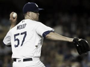 Arizona Diamondbacks lose pitchers duel against the Los Angeles Dodgers
