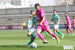 Sergio Ortiz anota el gol de la jornada 28 de Segunda División B