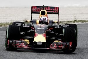 """Daniel Ricciardo: """"La dirección es buena, es un buen punto para comenzar el año"""""""