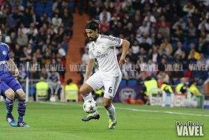 """Khedira: """"Amo el Madrid, sería complicado dejarlo"""""""