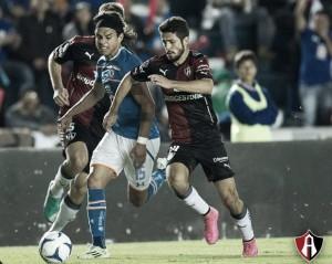 Debuts rojinegros en el Apertura 2015
