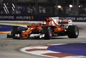 F1, Gran Premio di Singapore - Alla Ferrari serve perVettel