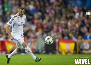 Benzema se resiente de sus problemas en la rodilla