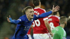Uno storico Vardy non basta al Leicester: 1-1 con il Manchester United