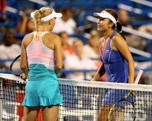 Wozniacki y Peng, en busca del sueño