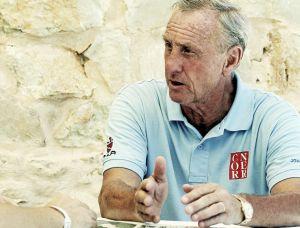 """Cruyff: """"Hay que ayudar a Messi"""""""