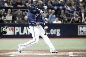 Toronto Blue Jays defeat Baltimore Orioles in American League Wild Card on Edwin Encarnacion's walk-off homer