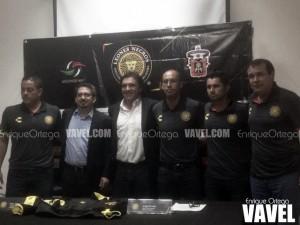 Jorge Dávalos fue presentado como DT de Leones Negros