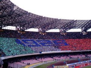 Tanti auguri Napoli, regalati la Champions