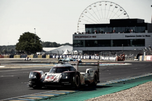 La 24 Ore di Le Mans 2017 ha scelto la Porsche. Harakiri Toyota dopo una notte da incubo