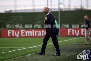 Zidane dirigió al Castilla desde la banda