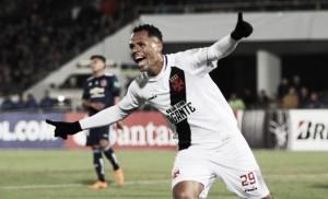 Vasco arranca vitória da Universidad de Chile e conquista vaga na Copa Sul-americana