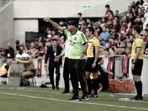 """Após vice-campeonato, Sandro Forner só pensa na Série B: """"Principal competição no ano"""""""