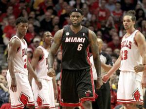 Heat roll past Bulls, take 3-1 lead