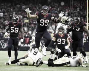 Victorias de Texans y Raiders que les acercan al playoff
