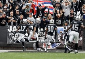 Los Raiders superan en casa a los Steelers