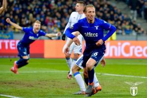 Europa League - Lazio dominante a Kiev, Leiva e De Vrij fanno fuori la Dinamo: Aquile ai quarti (0-2)