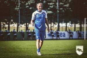 """Pescara - Zeman alla prima conferenza: """"Bisogna sfoltire la rosa"""""""