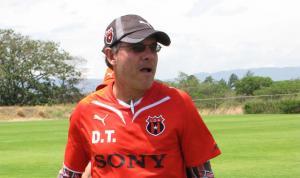 Luís Roberto Sibaja es el nuevo técnico del Alajuelense