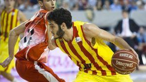 El Barcelona gana pero no convence
