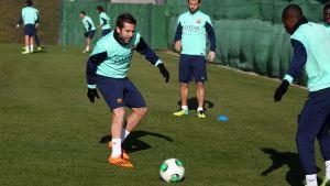 Iniesta y Xavi, bajas para Cartagena. Jordi Alba recibe el alta