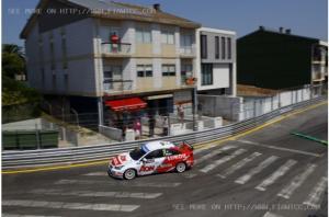 WTCC - Porto : Muller engrange