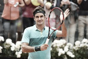 Federer no desperdicia el regalo de Wawrinka