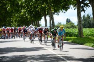 Tour de France, verso Oyonnax è ancora salita