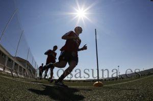 Pruebas físicas y analíticas en el segundo día de entrenamientos para Osasuna
