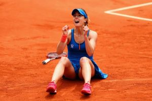 Cornet Earns A Spot In The Second Weekend Of The French For The First Time In 11 Years