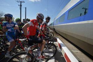 La UCI investigará los incidentes en País Vasco y París-Roubaix