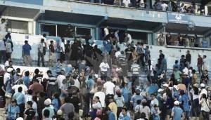 Estalla violencia en el Estadio Tamaulipas