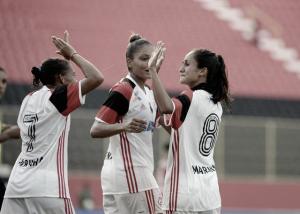 Com gol de pênalti nos acréscimos, Flamengo vence São José no Brasileirão Feminino