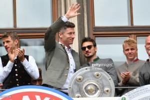 Agent puts Robert Lewandowski's Bayern Munich future in doubt
