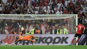 Beto decisivo; l'Europa League vola a Siviglia