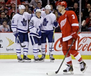 Toronto Maple Leafs sweep Red Wings, capture second place in Atlantic Conference