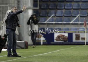 """Paco Herrera: """"Tenemos que ganar un partido ya"""""""