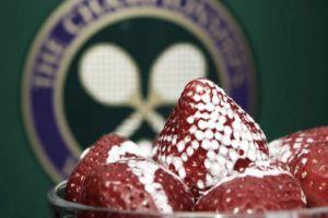 Las tradiciones de Wimbledon: fresas con nata en Henman's Hill