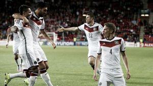 República Checa - Alemania: las espadas en alto