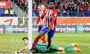 Liga, 18esima giornata: Real e Barca impattano, Atletico solo in vetta