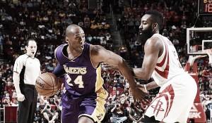 Las ganas de Playoffs de Harden pueden con los 35 puntos de Kobe Bryant