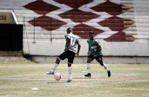Júnior Rocha define titulares e Santa Cruz encerra preparação para enfrentar Flamengo-PE