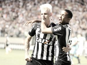 Em partida polêmica, Atlético-MG vence Corinthians no Independência