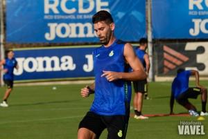 Víctor Álvarez sufre una distensión en el ligamento de la rodilla
