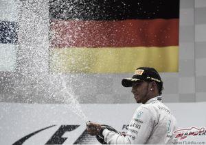 """Lewis Hamilton: """"Llegar al podio ya es un logro"""""""