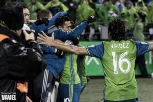 Audi 2016 MLS Cup Playoffs: Seattle Sounders defeat Colorado Rapids 2-1 in Western Conference Final first leg